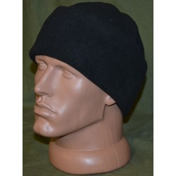 Флисовая шапка черная